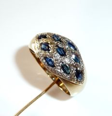 Wide ring made of 9kt/375 gold with 9 natural sapphires + 2 diamonds, ring size 60 / 19.1mm **no reserve price**