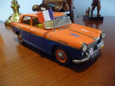 Joustra, France - L. 30 cm - Peugeot 404 made of tin with friction, 1960s