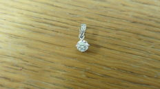 18k Gold Diamond-set Pendant - 0.25ct