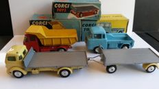 Corgi Toys - Scale 1/43 - Lot of 3 Trucks and 1 Trailer: Nos.101, 409, 454 and 458