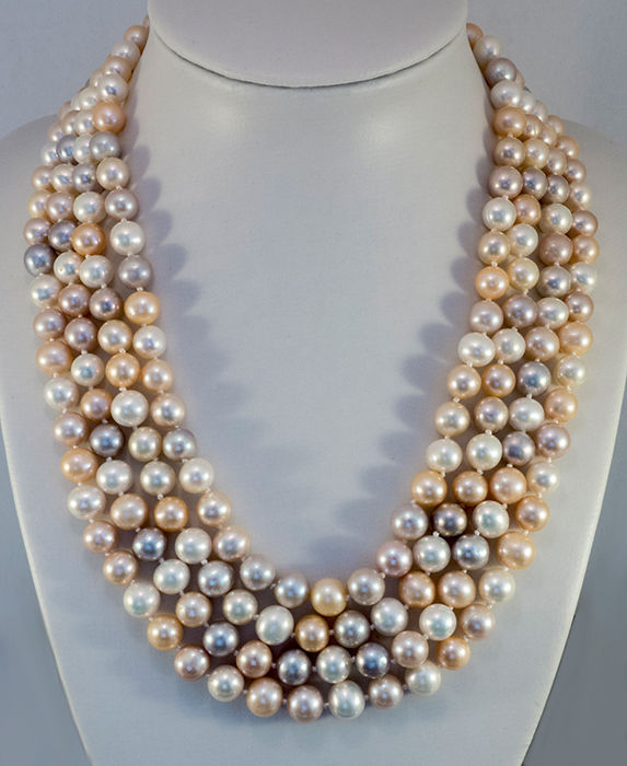 Necklace 4-row with 208 cultivated pearls multicoloured lengths approx. 40 / 43 / 46 / 49 cm