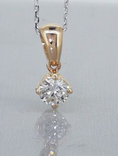Solitaire pendant with one brilliant cut diamond of 0.42 ct, with IGI certificate