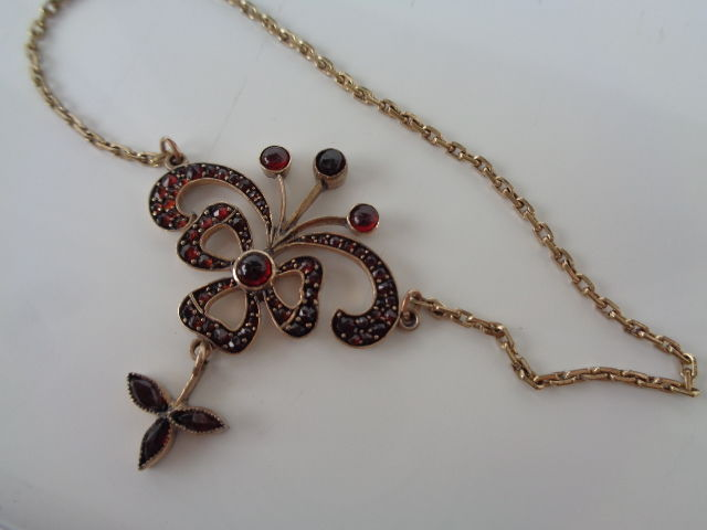 Antique Bohemian Garnet lavalier necklace