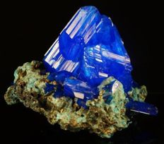 Decor Electric Blue Chalcanthite amazing crystal cluster - lab - 15,0 x 14,0 x 11,5 cm - 624 gm