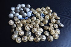 Buttons of naval uniforms made of fire-gilded aluminium from various manufacturers