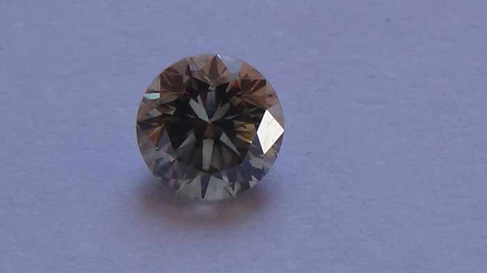 Round Brillant 0,53 cut VS2, Certificate included. Africa  VS2 VG/VG/VG **Low reserve**