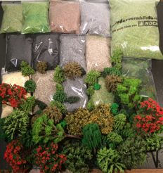 Scenery H0 - 120 Trees and 14 baggies of scatter material and Icelandic moss
