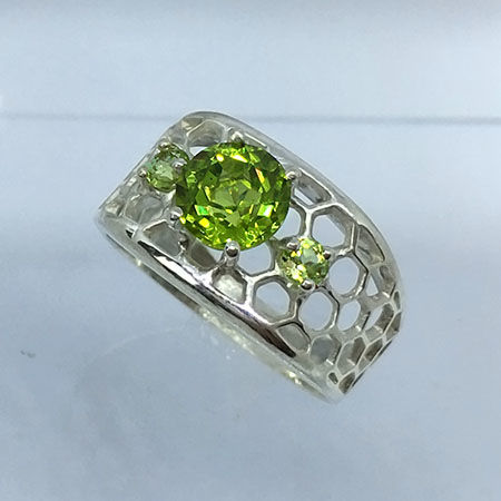 Peridot  2.10cts Silver Men's Ring 925- size 8