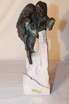 Sculpture of lovers - Signed and stamped - Second half of the 20th century