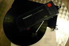 Thomson TL 200 collector vintage travel turntable