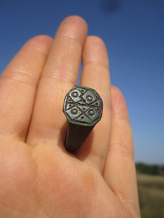 Medieval Bronze Ring, complex pattern - d21 mm