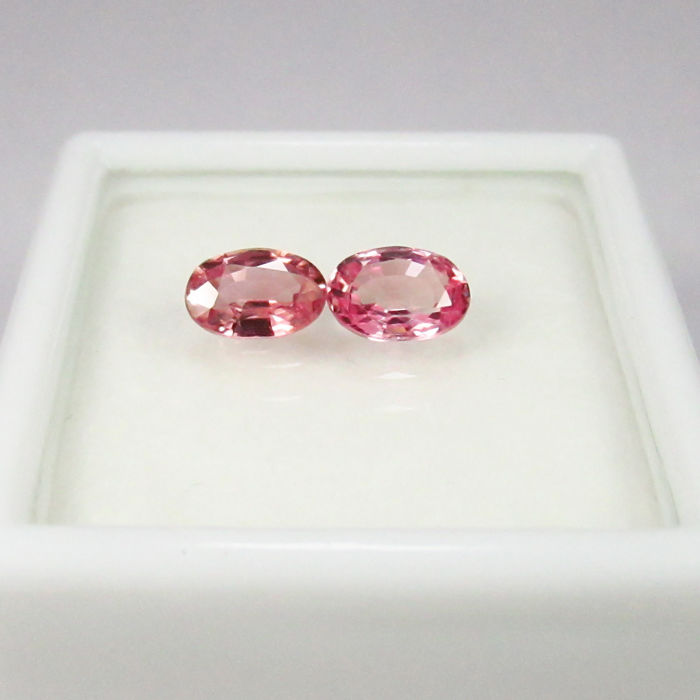 1.20 Ct - Pink Sapphire Pair - No Reserve