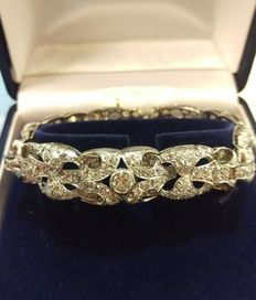 Art Deco white gold Diamond bracelet,. 9.5 ct. total, with French paper certificate (see the picture) ca. 1920's