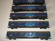 Lima H0 - 309109/309110 - 5 plan E/ D-train passenger carriages of the NS