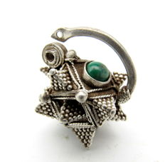 Medieval Viking period Silver Earring with Green Stone and Filigree - 24x27 mm