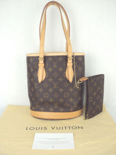 Louis Vuitton - Monogram PM Bucket Bag with Pochette - As new