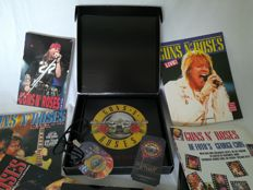 Guns N' Roses VIP Tour Book - Not in this lifetime 2017 Limited edition - Numbered - 7 x Books