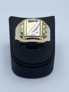 14 K Gold man's Ring,Weight:3.83 g,***No Reserve***