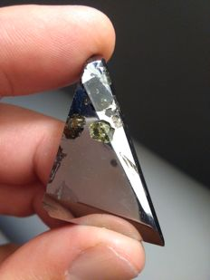 Seymchan Meteorite - fine polished slice - with Olivines - 22.40gm