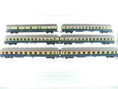 Roco H0 - 6-piece passenger train of the DB, in beige and blue [485]