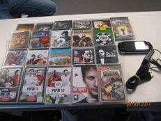 Sony PSP incl 2 GB card and 21 games and umd