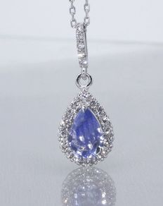 Necklace with pear-shaped sapphire of 0.85 ct and 21 diamonds, in total 0.25 ct - White gold necklace, 18 kt, 45 cm - Pendant measurements: 12.90 x 7.80 mm
