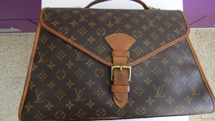 Louis Vuitton - Monogram Beverly Bussines