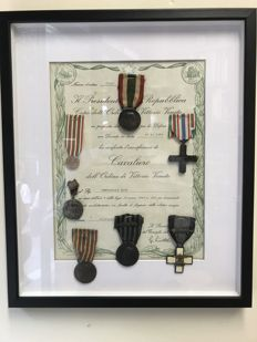 Full medal display case, Italy WWI and WWII