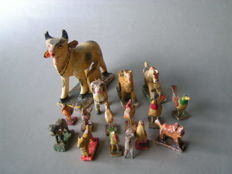 Collection of 15 Erzgebirge wooden toys