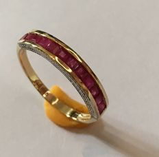 14k  Yellow Gold Ring  Ruby  - Ring Size: US 7