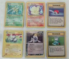 Pokémon - Small collection of rare cards - includes Base set Holographic, Reverse Holo, Trainer and Common Cards