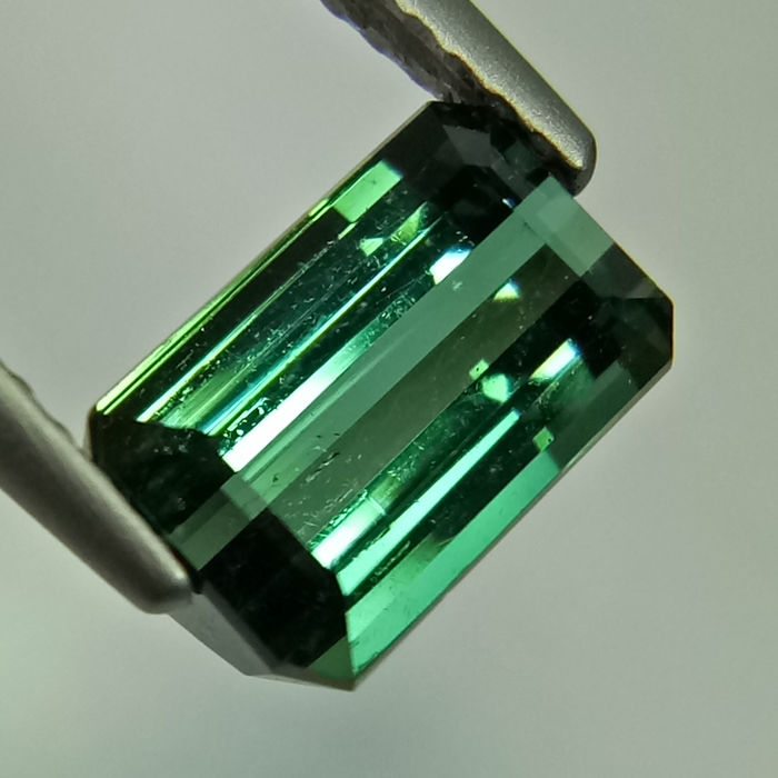 Green Tourmaline - 1.65 ct