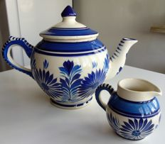 Henroit Quimper teapot and milk jug