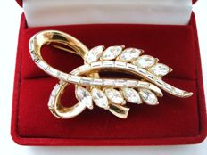 Vintage 1960s – Signed CORO craft – USA – Large clear crystals spray Brooch - Catalogue piece