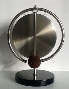 Daalderop - table gong in he style of the new objectivity, ca. 1930, Tiel