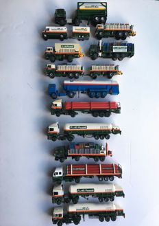 Conrad / Siku - Scale 1/50-1/55 - Lot with 13 Air products vehicles 'Code 3'