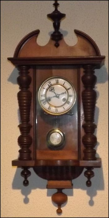 Regulator clock, Henri II type