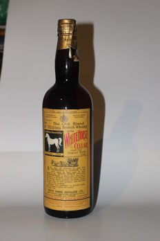 White Horse Cellar old blend Scotch whisky spring cap 1960's
