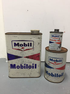 Mobiloil oil cans