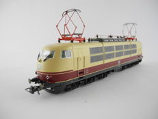 Roco H0 - 43839 - electric locomotive BR 103 of the DB [501]