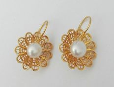 19.2 kt (800/1000) gold earrings, hand-tooled Portuguese filigree, 4.2 g.