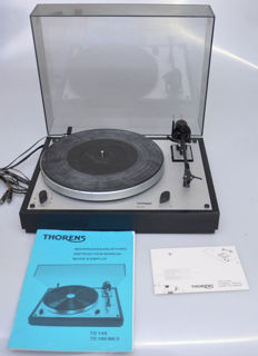 Thorens TD 146 Turntable with Ortofon cartridge