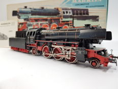 Märklin H0 - DA-800/3005 - Steam locomotive with tender BR 23 of the DB