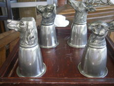 4 cup brakets for hunters