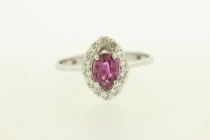 Entourage ring in new condition, white gold with diamond and ruby