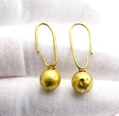 Pair of medieval Viking period Gold Earrings  (2) - 27-28 mm