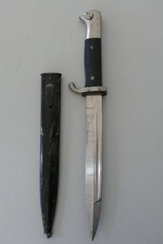 Bayonet of the Wehrmacht with sheath and manufacturer Alcoso Solingen