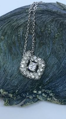 Salvini - 18 kt white gold necklace with pendant and diamonds for 0.50 ct - necklace length: 47 cm