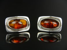 Vintage amber cuff links in silver
