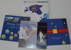 Estonia & Slovenia – Year packs 2007 and 2011 and 2 and 3 euro 2008